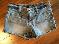 Guess shorts. Brand new size 25