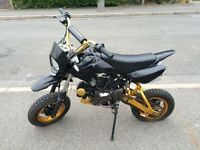 Shineray 125cc 4 stroke road legal pit bike