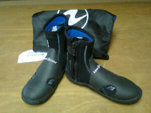 NEW AQUALUNG POLAR ZIP DIVING BOOT