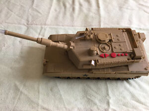 """M1 Motorized Military Tank with Lights and Sounds 20"""""""