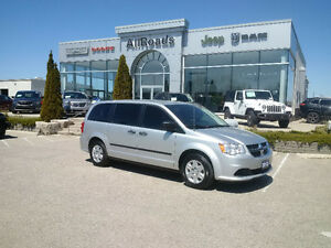 2012 Dodge Grand Caravan SE clean & only 42900kms!