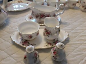 "ACCESSORY PIECES FOR ROYAL ALBERT ""LAVENDER ROSE"" DISHES"