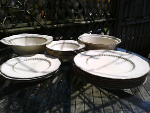 1930s Alfred Meakin;  Raynham, England dishes