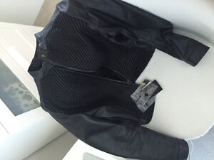 Almost new leather max Mara weekend black jacket (1360 procied)