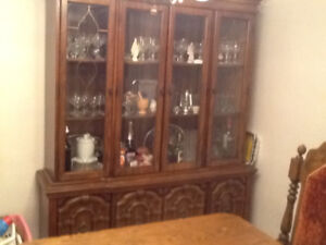 Hutch/Display cabinet