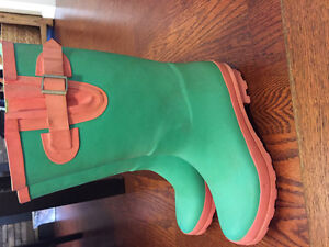 Size 5 rubber boots