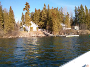 Waterfront home on Sheridan lake