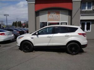 Ford Escape 4WD  **SE** MOTEUR 2.0L** 2015