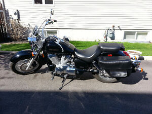 Honda Shadow Aero VT-750C, Noire, 14200Km ** Impeccable **