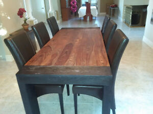 Solid exotic wood Dining room table with 6 leather chairs West Island Greater Montréal image 3