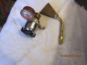 Prest-o-lite R411 regulator and Paint burner