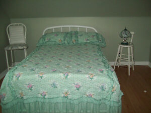 BED ROOM FOR RENT IN A PRIVATE HOME