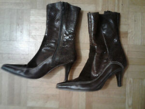 Women Leather Boot Dessus Peau made in Italy size 6