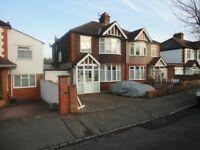 5 bedroom house in Wood Lane, Isleworth, TW7
