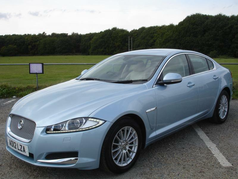 Jaguar XF 2.2D SE AUTO 163PS