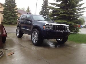 2005 Jeep Grand Cherokee Limited Edition SUV, Crossover