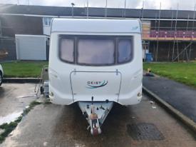 Touring caravan geist Lv550 fixed bed