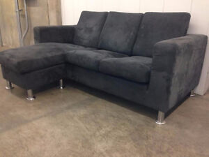 Small SECTIONAL - DELIVERY