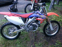 2006 crf 450r, mint! trades or best offer.