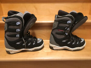 Ride snowboard boots ladies size 7.5