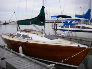 Beautiful Mull 26 cold-molded