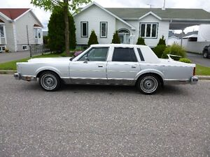 Ford Lincoln town car Cartier
