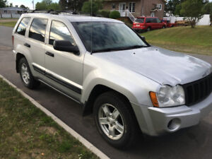 2006 Jeep Grand Cherokee Laredo!