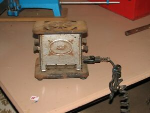 OLD TOASTER AND GAS IRON