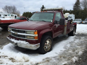 Towing Chevrolet 3500hd 1999