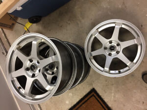 REDUCED 5x114.3 18 inch rssw rival rims w/ tpms sensors