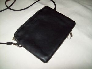 BRAND NEW REAL LEATHER ROOTS BRAND BLACK PURSES