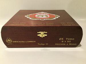 TORO HECHOS A MANO BOÎTE À CIGARS MEXICAINS TE-AMO VINTAGE 99