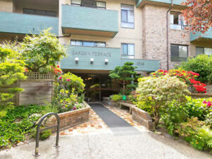 Lovely Garden Apartment close to Commercial Drive
