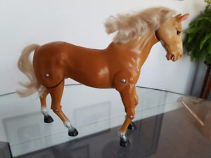 Vintage Mattel Dallas Barbie Horse - Moving Legs *Rare*