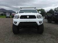 2013 Toyota Tacoma TRD SPORT - FULLY LOADED INCLUDING LEATHER!!