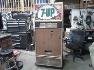 Pop or beer machine for sale