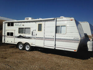 264 Westwind, Easy Tow, Bunks, No Slides, In Weyburn