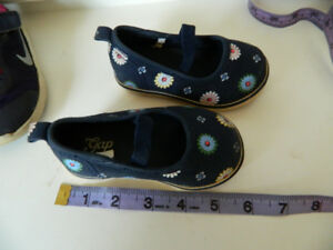 baby's shoes size 5 and 7