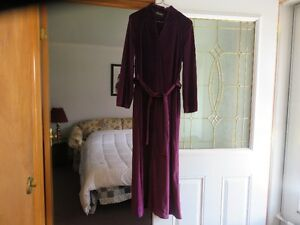 Womans House Coat (Never Worn) & Pant Suit Windsor Region Ontario image 3