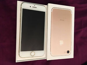 NEW IPHONE 7 32GB GOLD! 10/10 condition!