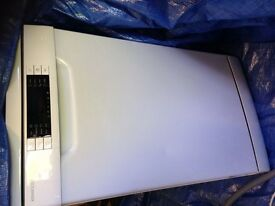 New White KENWOOD slimline dishwasher KDW45W16