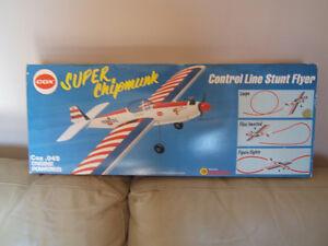 VINTAGE TOY AIRPLANE Cox .049 Super Stunter Super Chipmunk