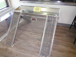 4 Ft. Dry Box with Quad Rack