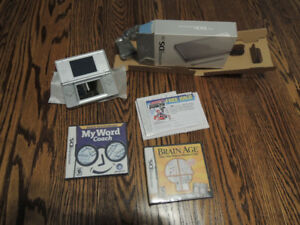 Nintendo DS lite SILVER Never Used With 5 Games