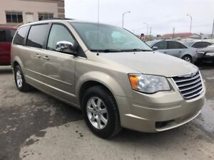 2008 Chrysler Town & Country Touring 7 pass, FINANCEMENT MAISON