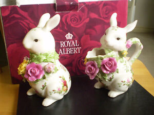Royal Albert Old Country Roses Fine Bone China Creamer and Sugar Kitchener / Waterloo Kitchener Area image 2