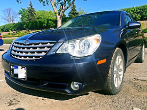 2007 Chrysler LUXURY model LOW Kilometres