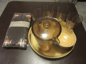 Select Edition, Outdoor/Indoor Place Settings