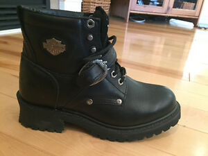 FOR SALE - Harley-Davison Women's Leather Boots and shoes