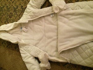 Baby's one piece snow jacket. BRAND NEW London Ontario image 2